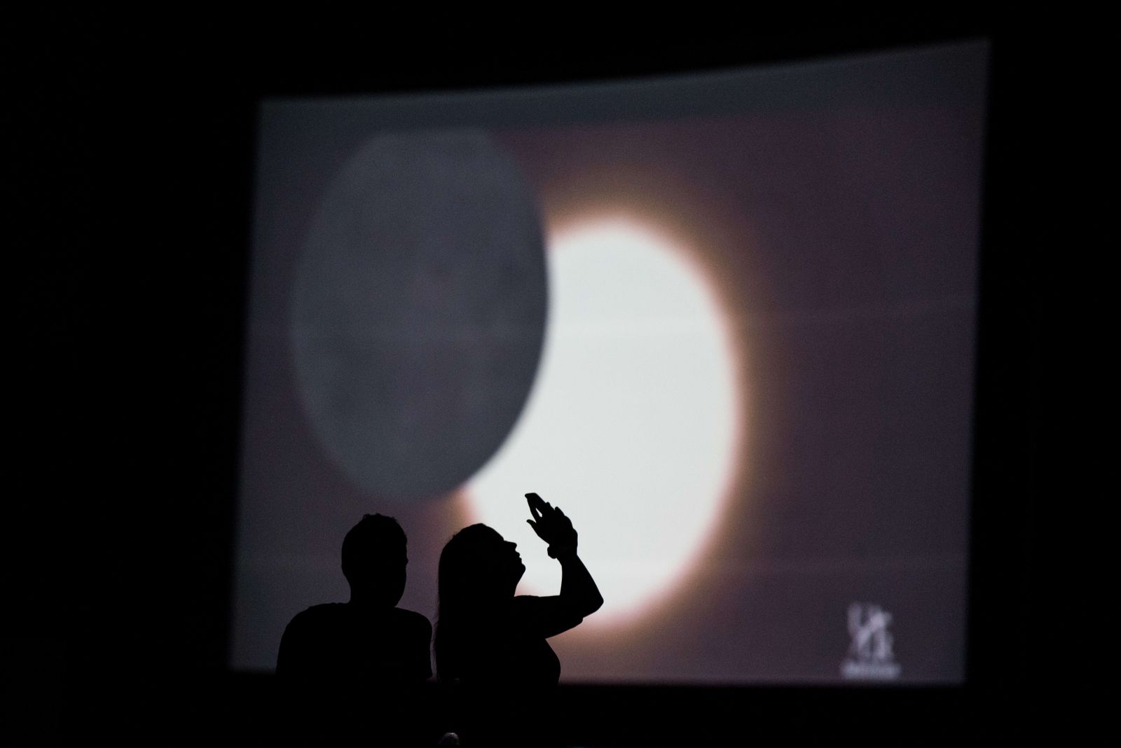 US-TOURISTS-FLOCK-TO-SOUTH-CAROLINA-TO-SEE-MONDAYS-ECLIPSE-IN-F