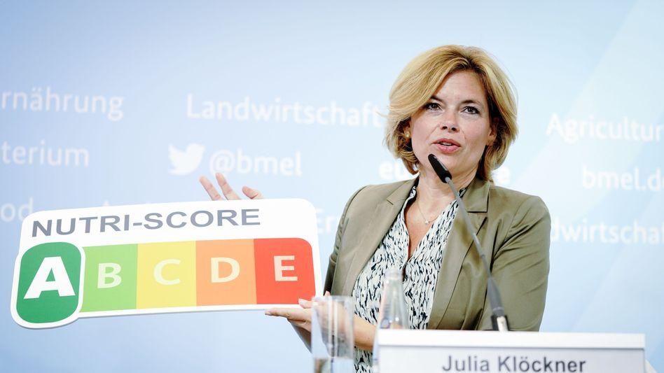 Ministerin Klöckner mit Ernährungsampel