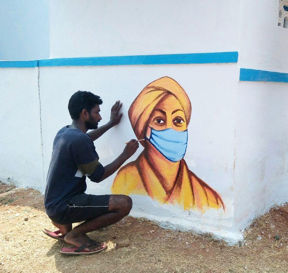 Somashekar kommt selbst aus einer ärmeren Familie - mit seiner Kunst will er seinem Viertel helfen