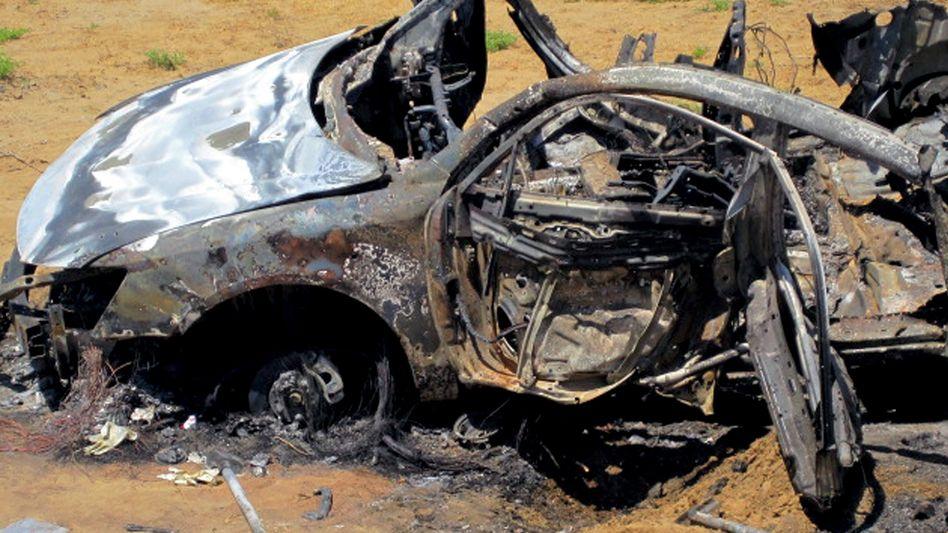 Tod in der Wüste: Dieser Pkw soll im Sudan Ziel israelischer Kampfjets gewesen sein