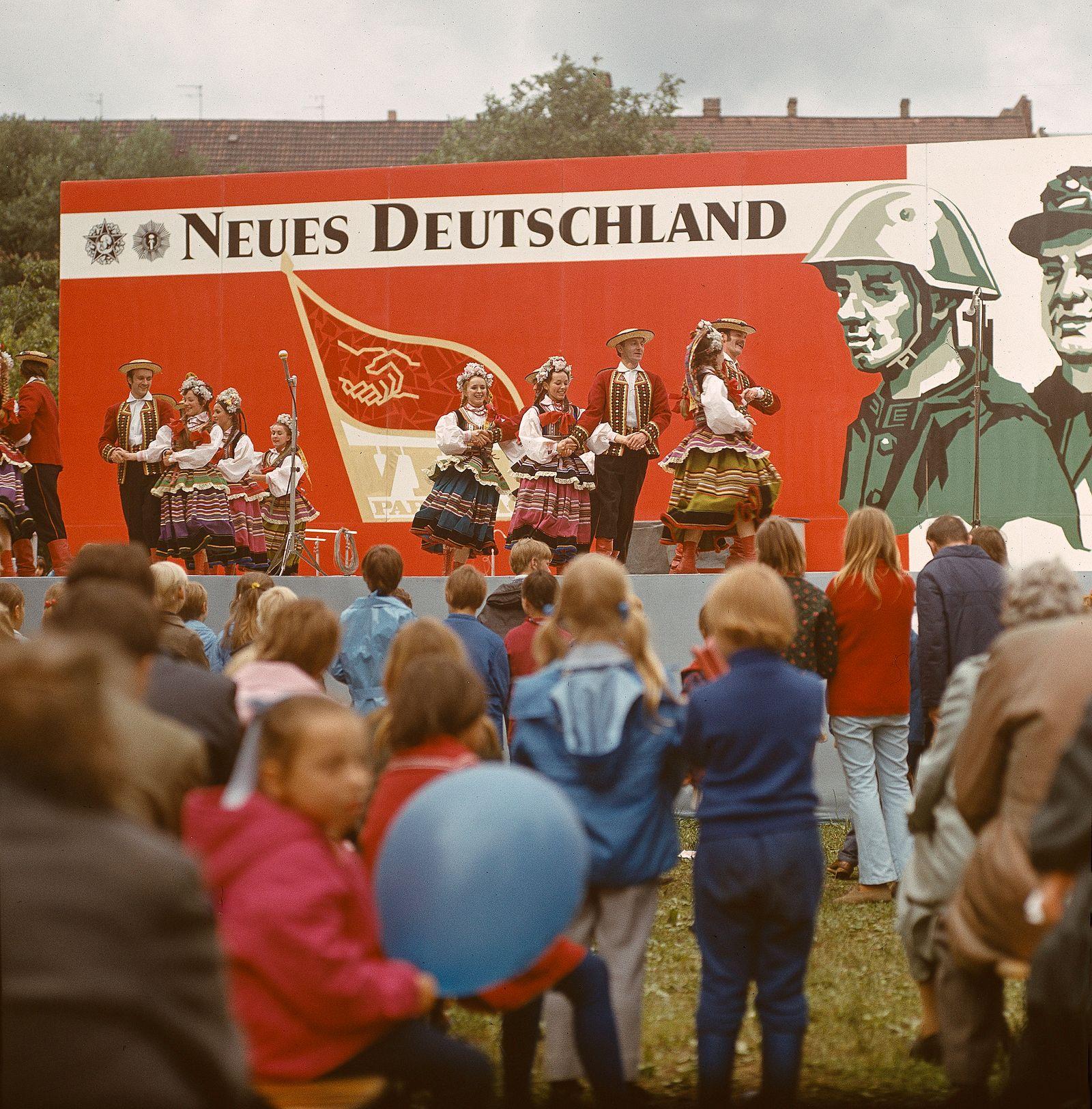 """Pressefest der Zeitung """"Neues Deutschland"""""""