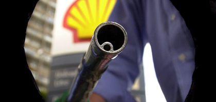 Tankstelle: Ein Liter Superbenzin kostet im Schnitt 1,27 Euro, für Diesel sind 1,09 Euro fällig