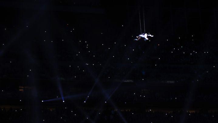 Halbzeitshow beim Super Bowl: Lady Gaga on fire