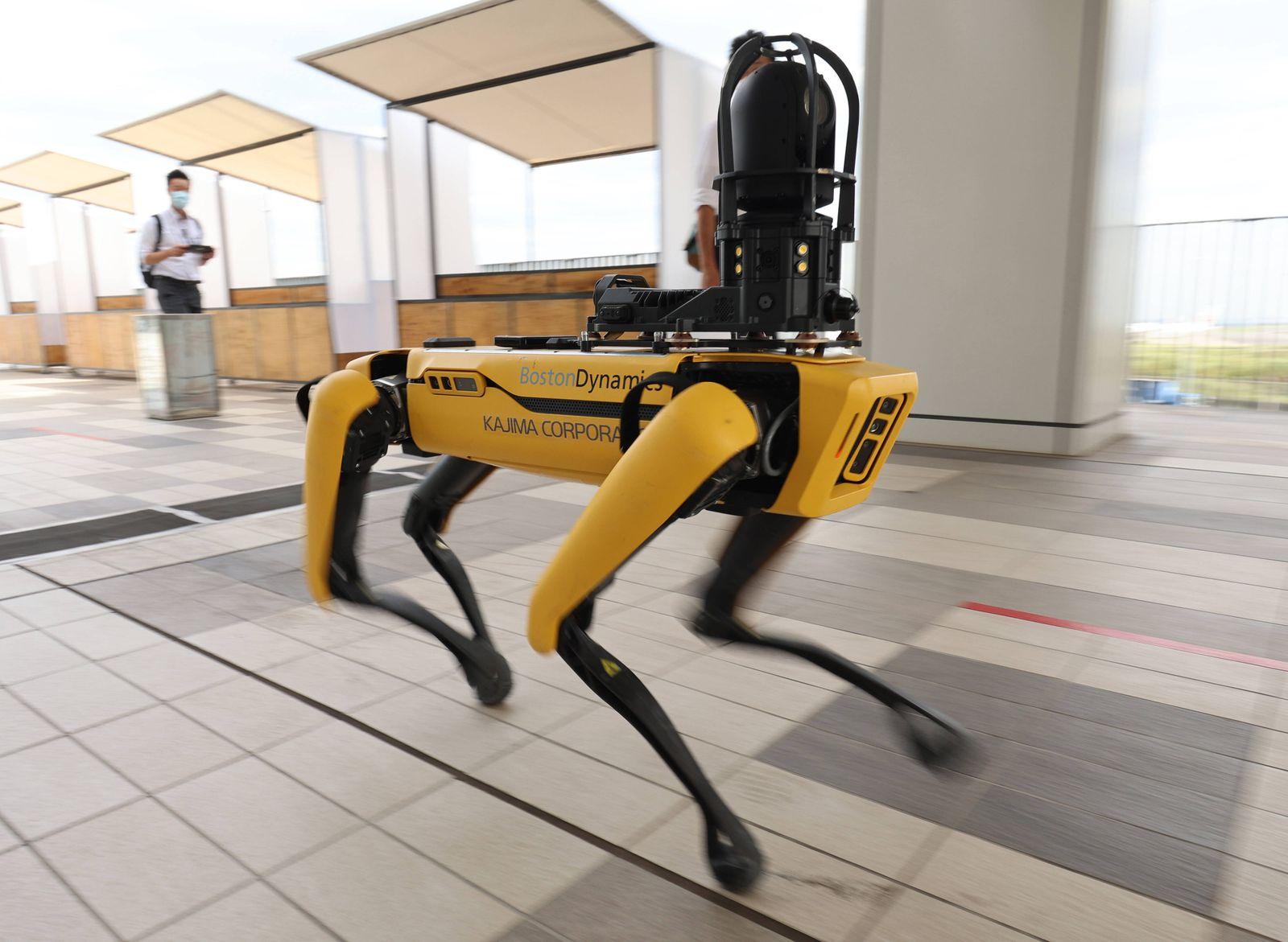 News Bilder des Tages September 18, 2020, Tokyo, Japan - Softbank s subsidiary Boston Dynamics quadruped robot Spot demo
