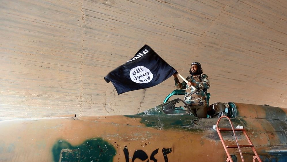 Photo Gallery: The Foundation of Islamic State Power