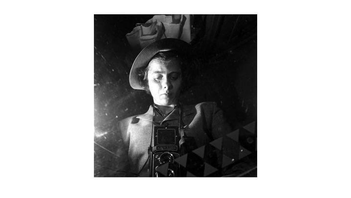 Fotoschatz aus dem Pappkarton: Mary Poppins mit Kamera