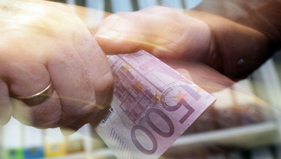 Bestechung mit einem 500-Euro-Schein