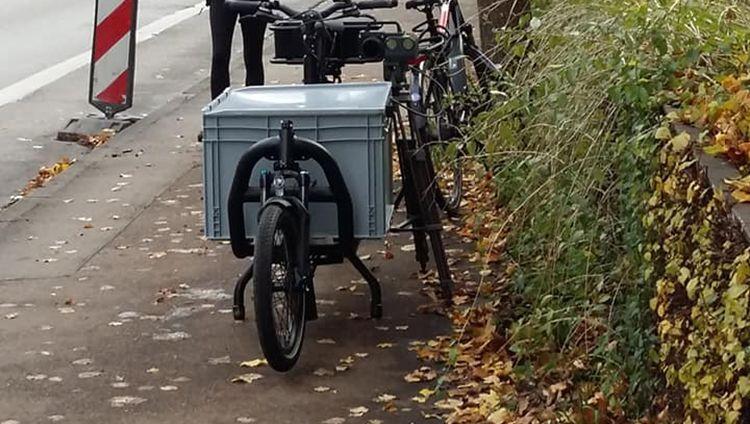 Beamten in Augsburg haben ein Lastenrad zu einem mobilen Blitzer umgebaut