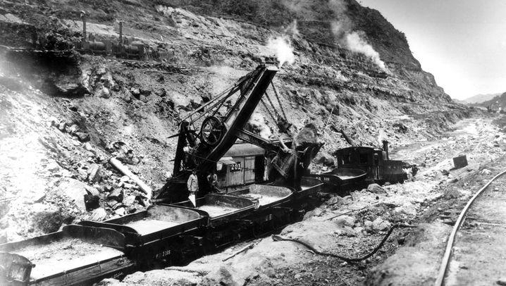 Die Geschichte des Panamakanals: Am Anfang waren die Bagger