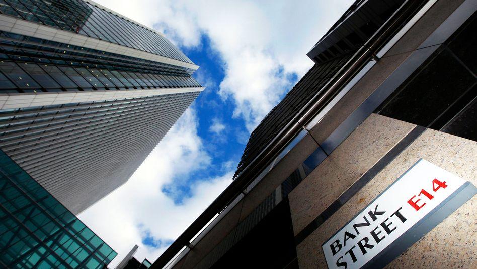 Bürotürme im Londoner Finanzviertel: Großbritannien fürchtet die Bankenabgabe