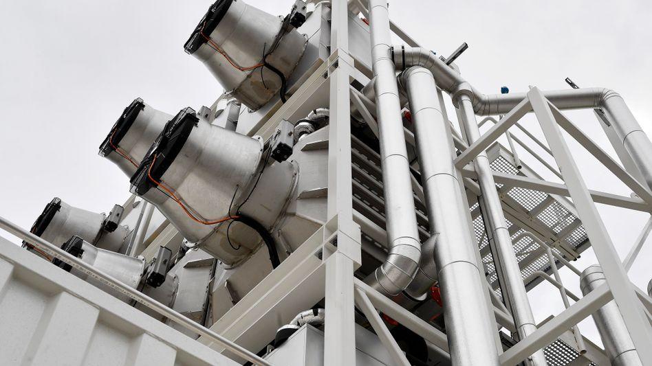CO₂-Kescher für die Luft: Anlage von Climeworks in der Schweiz