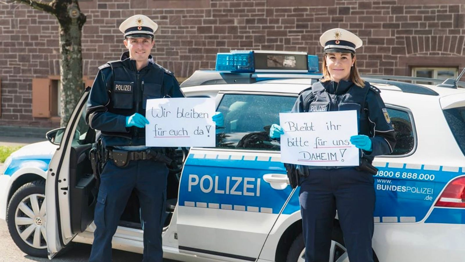 Corona-Virus/ Polizei/ Social Media