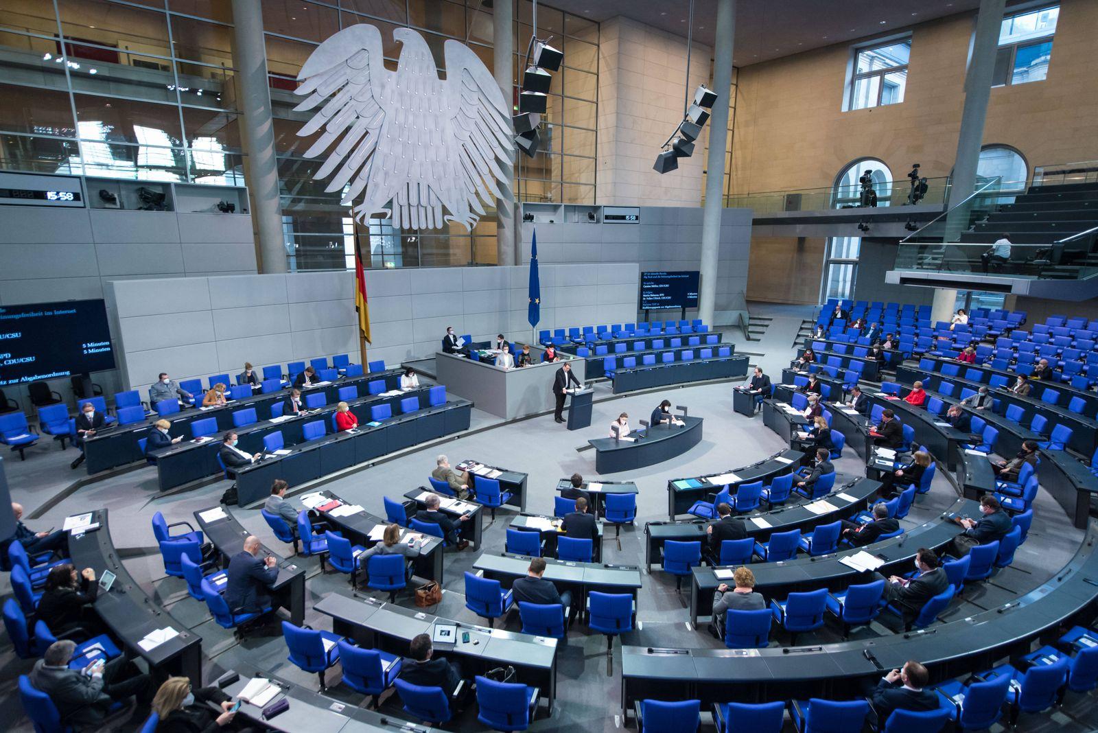 Berlin, Plenarsitzung im Bundestag Der Plenarsaal während der Sitzung des deutschen Bundestags am 28.01.2021. Berlin Bu