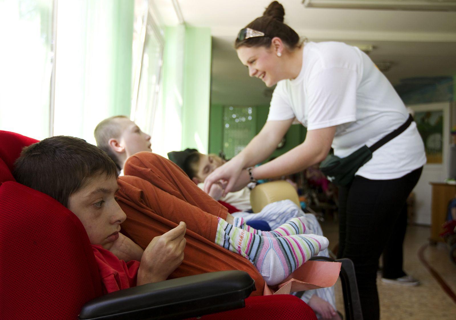 Behinderte/ Pflege