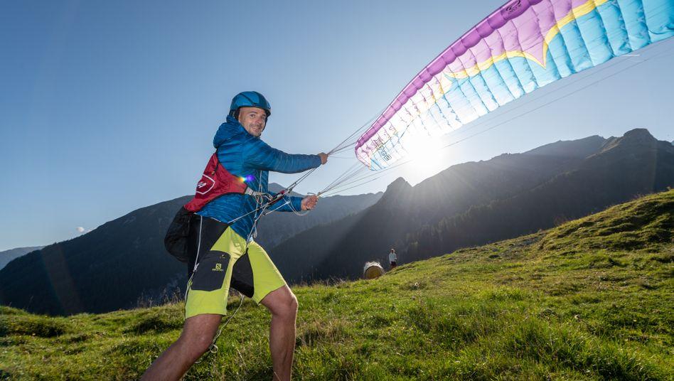 Unternehmer und Hobby-Gleitschirmflieger Stefan Klumpp: »Den eigenen Tag als reisender Chef zu organisieren braucht viel Disziplin«
