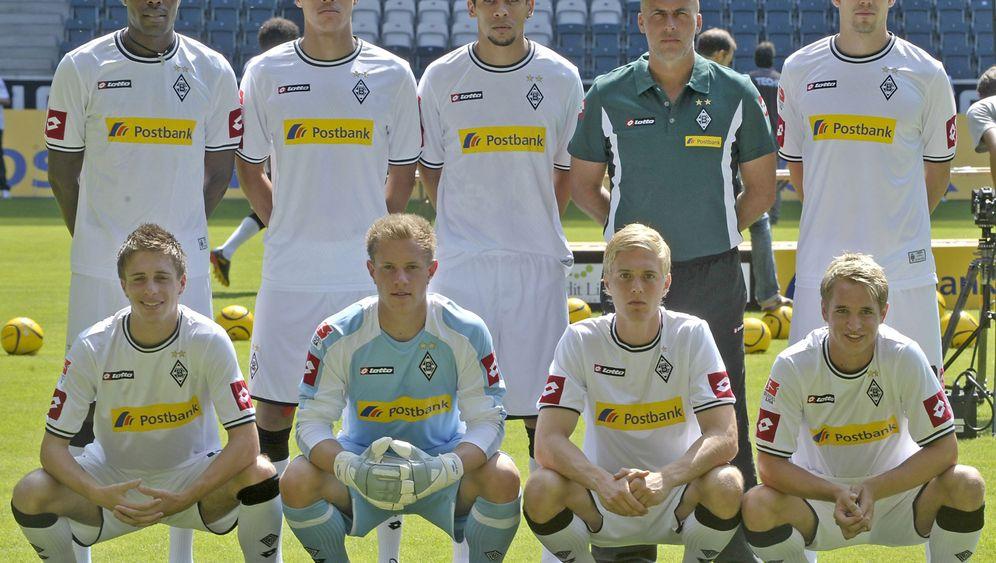 """Bundesliga-Trikots 2010/2011: """"Ein roter Sack mit Ärmeln dran"""""""