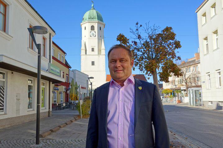 Thomas Ram ist Bürgermeister von Fischamend