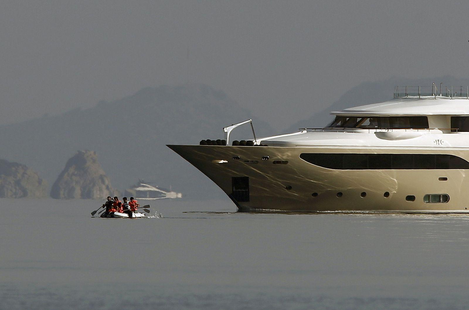 flüchtlinge kos yacht schlauchboot