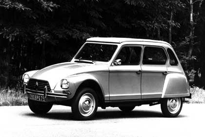 Kreuzung aus Ente und Renault 4: Die erste Auflage der Dyane tuckerte recht kraftlos dahin