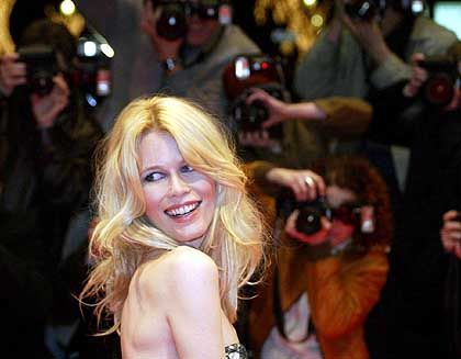 Claudia Schiffer: 130 Produkte verkauft - pro Sekunde