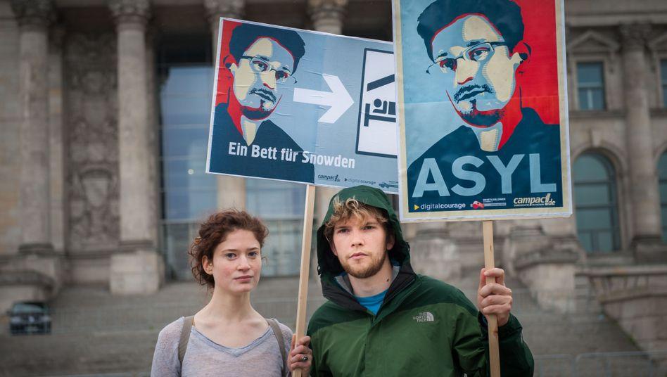 Snowden-Plakate in Berlin: Zweiter Whistleblower bei den US-Geheimdiensten?