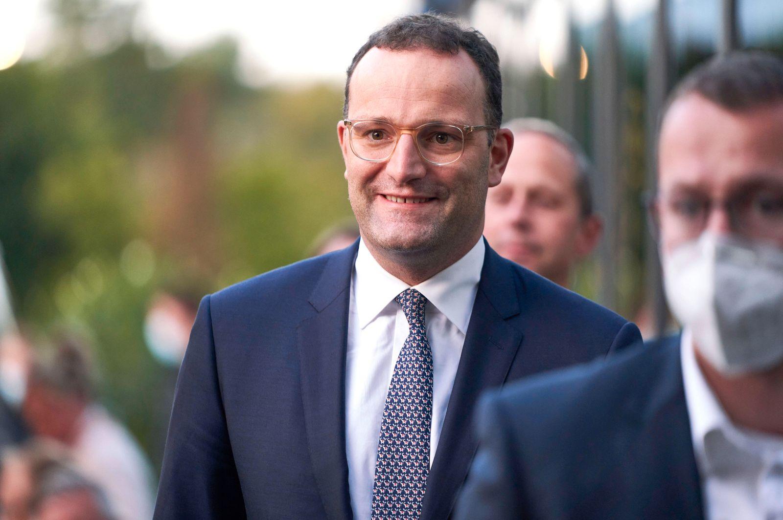 Jens Spahn bei einer Wahlkampfverstaltung der CDU auf dem Gelände der L Osteria. Garbsen, 01.09.2021 *** Jens Spahn at