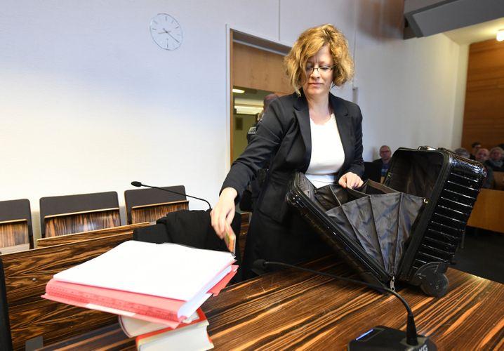 Anwältin Julia Schlindwein