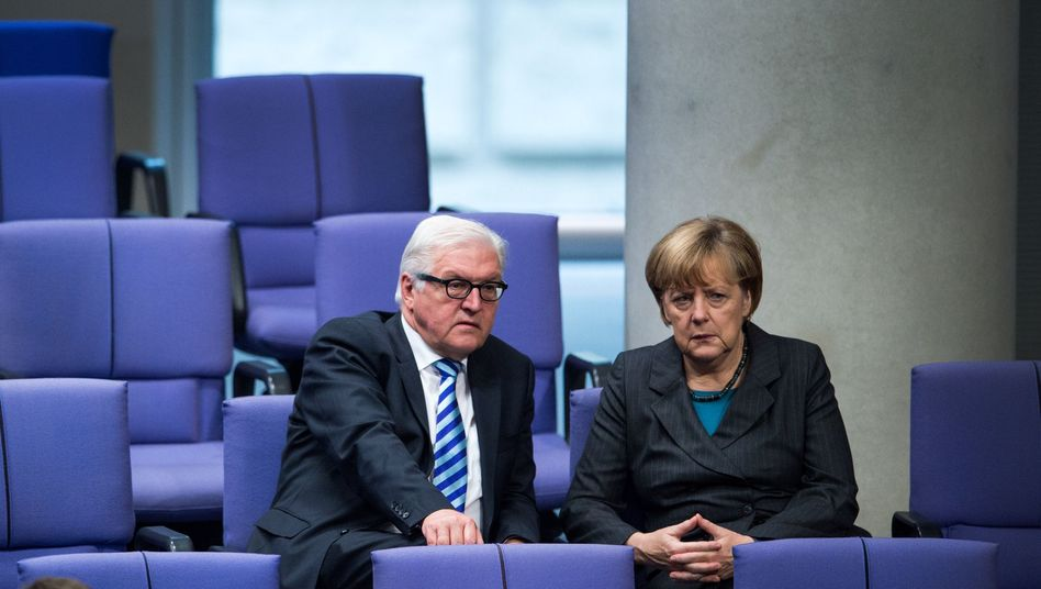 Kanzlerin Merkel, Außenminister Steinmeier