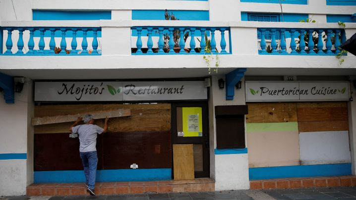 "Hurrikan: ""Maria"" fegt über Guadeloupe hinweg"