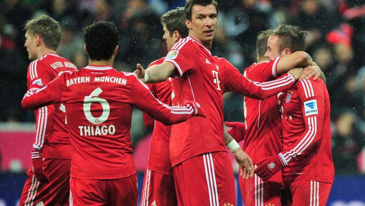 16. Bundesliga-Spieltag: Bayern bezwingt HSV, Nürnberg vergibt Sieg