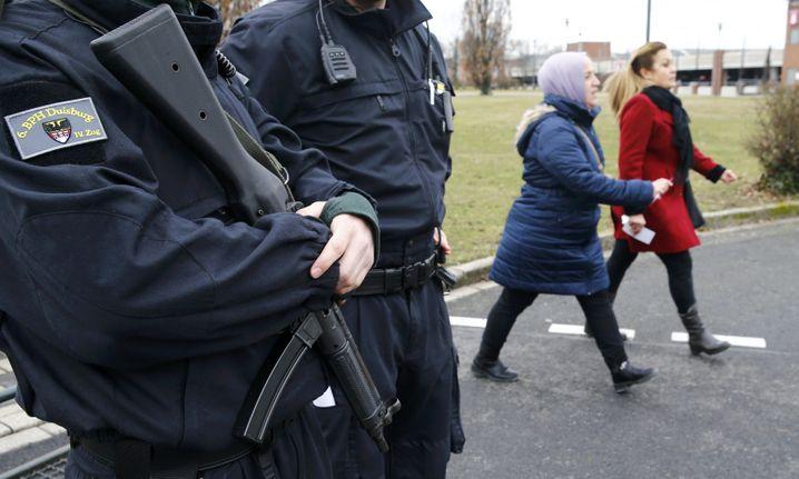 Die Polizei bestreitet eine Absprache mit dem AKP-Sicherheitsdienst