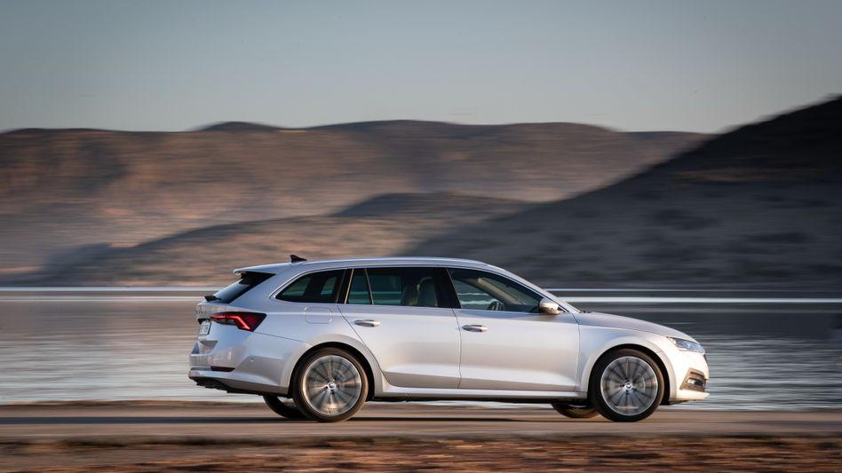 Der Skoda Octavia, das Familienauto der tschechischen VW-Tochter, tritt nun in vierter Generation an.