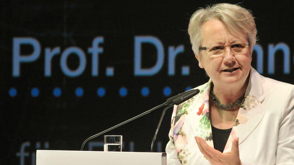Annette Schavan (Archiv): Bald fünf Ehrendoktorwürden für die Ministerin?
