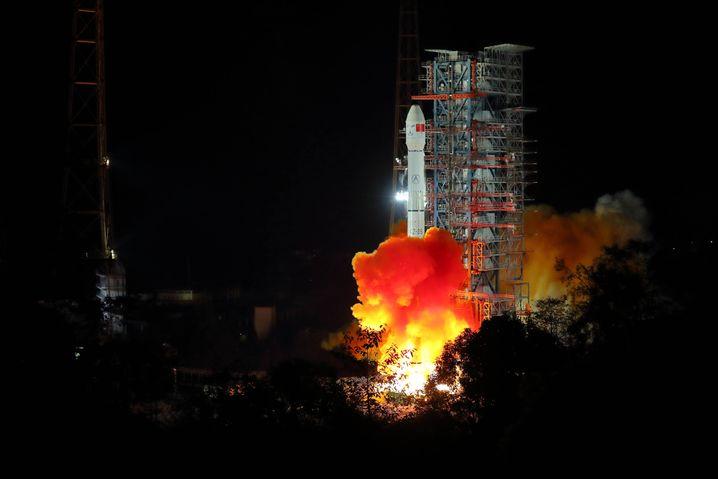 Start der Mondsonde vom Xichang Satellite Launch Center