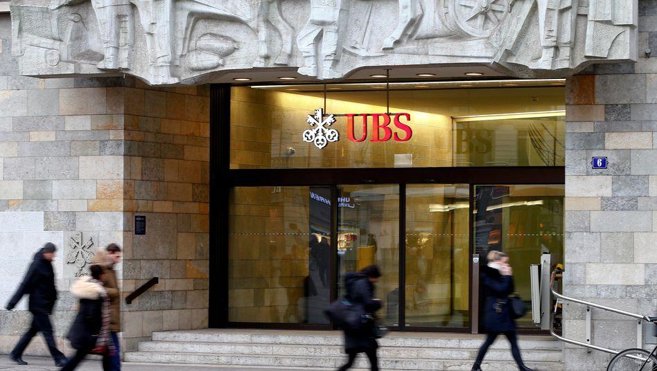 Zweigniederlassung der Schweizer Bank UBS in Zürich, Schweiz