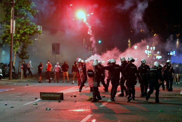 Krawalle in Belgrad: Szene in der nähe des Parlaments