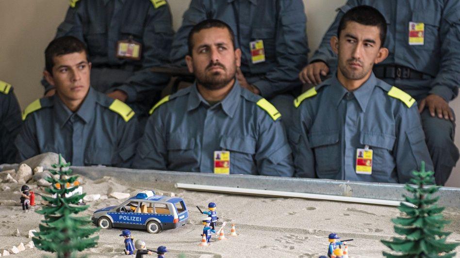 """Afghanische Polizeischüler: """"Potemkinsches Dorf"""""""