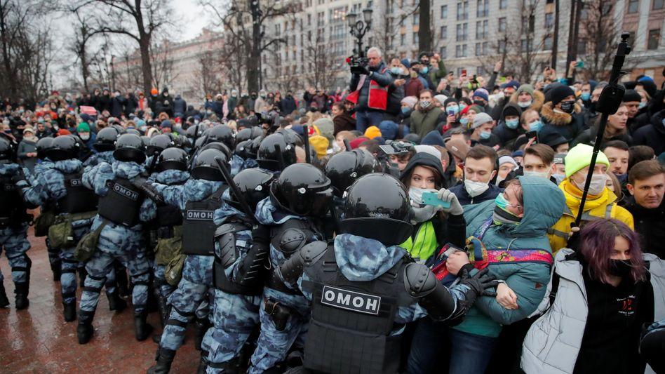 Polizeieinsatz bei den Demonstrationen in Russland