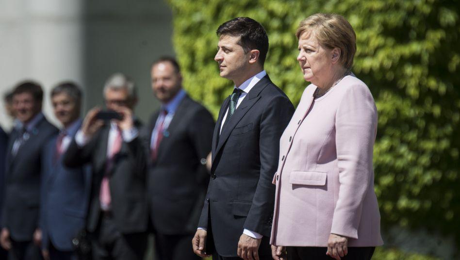 Slenskyj, Merkel