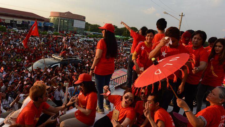 Wahlen in Burma: Chance mit Einschränkungen