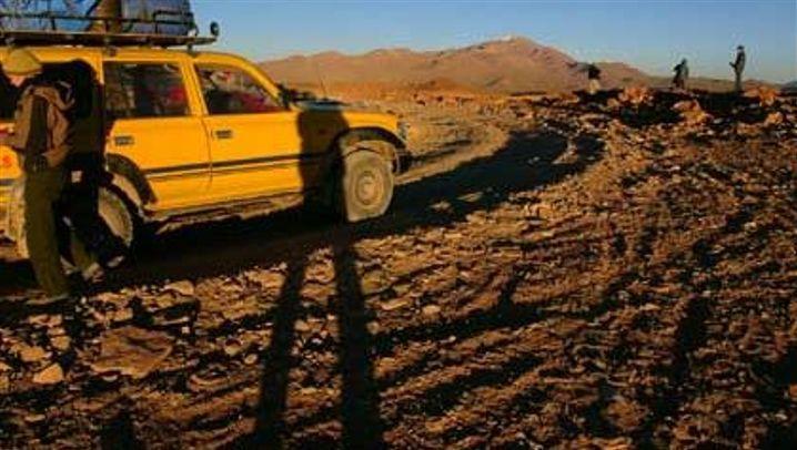Jeeptour: Durch Wüstensand und Salzebene