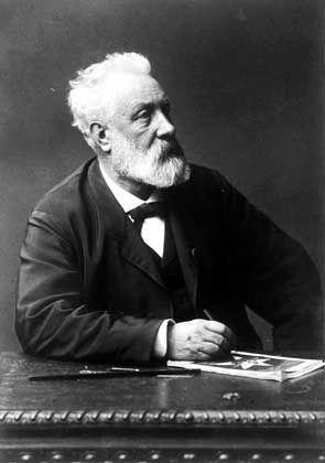 Jules Verne: Intensive Recherchen über U-Boote