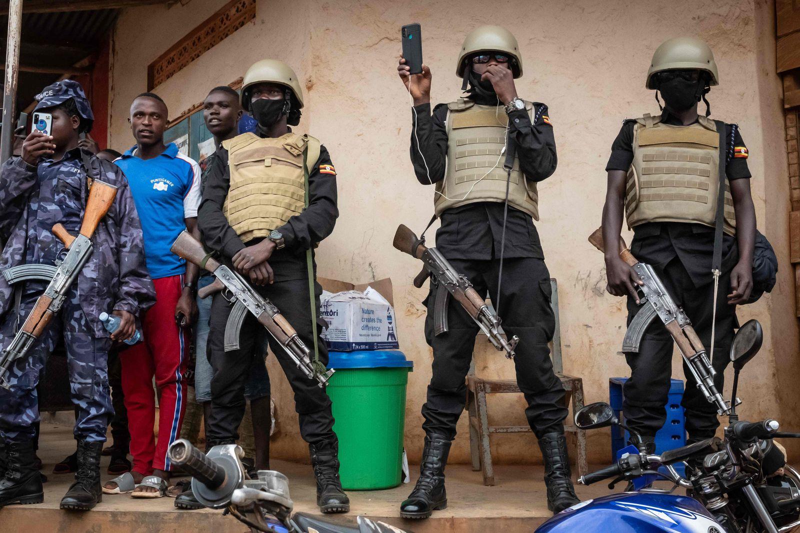 CORRECTION-UGANDA-POLITICS-ELECTION-VOTE