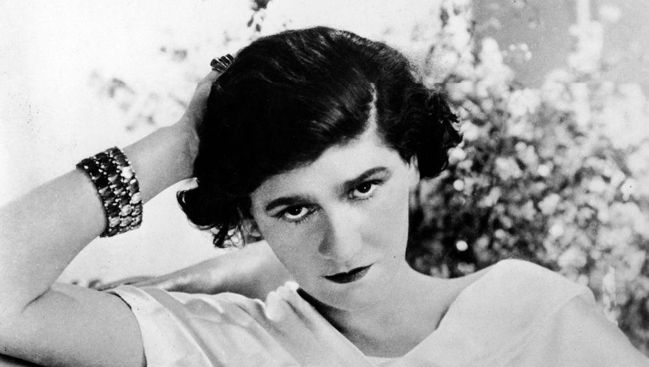 Coco Chanel: Ein frühes, noch undatiertes Bild der späteren Mode-Ikone