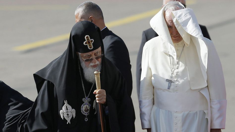 Papst Franziskus und Patriarch Illia II.