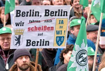 BKA-Demo in Wiesbaden: Mit aller Macht gegen den Umzug