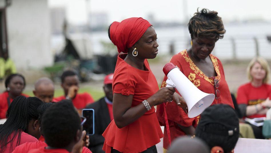 """Aktivistinnen der Gruppe """"Bring Back Our Girls"""" in Lagos: Weitere Opfer"""