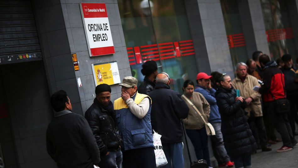 Arbeitslose in Madrid: Quote um fast anderthalb Prozent gesunken