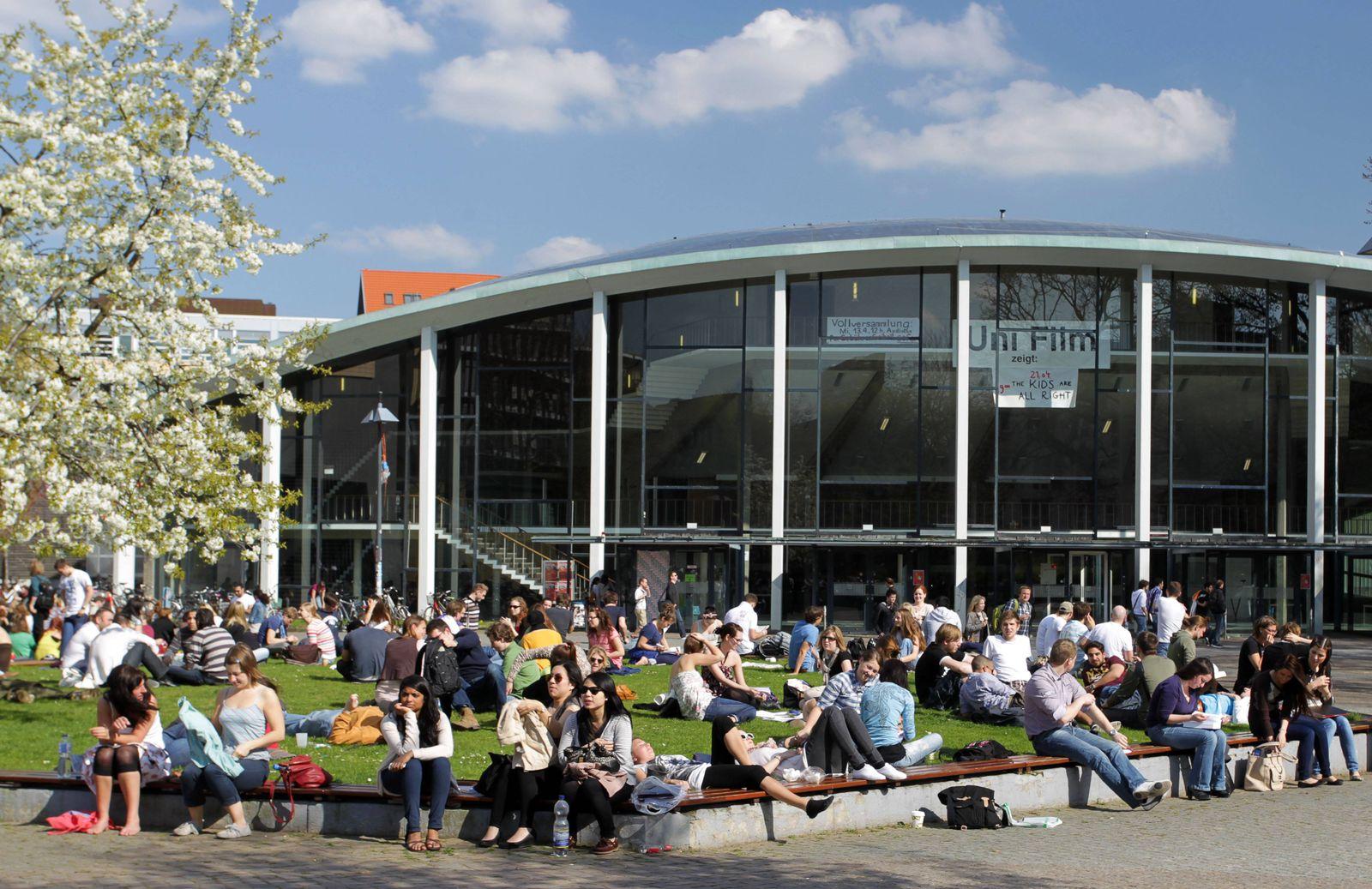 EINMALIGE VERWENDUNG Studenten Uni Hamburg