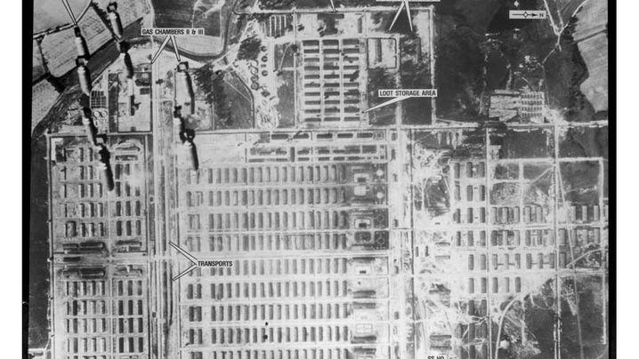Holocaust: Warum die Alliierten Auschwitz nicht bombardierten